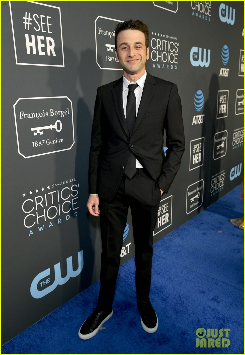 ryan gosling critics choice january 03