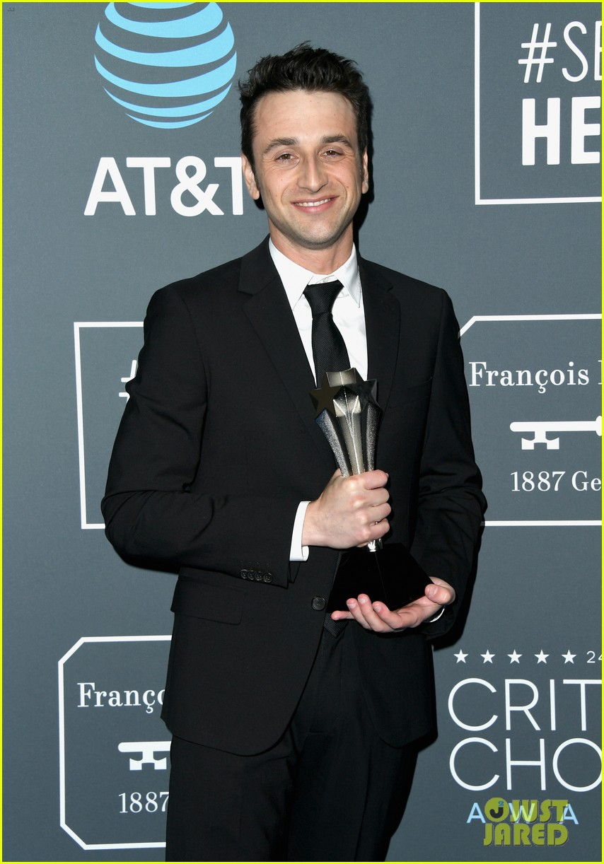 ryan gosling critics choice january 12