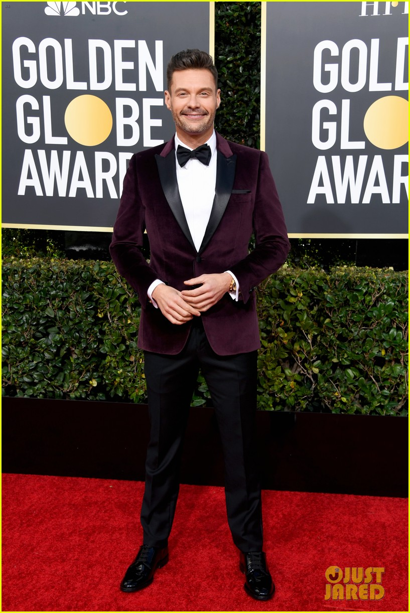 ryan seacrest red carpet 2019 golden globes 014206759