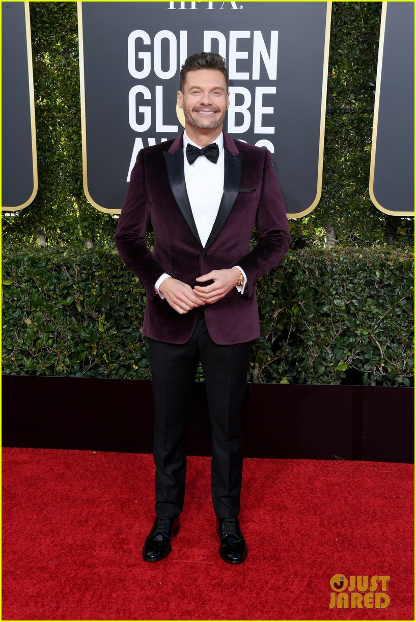 ryan seacrest red carpet 2019 golden globes 03