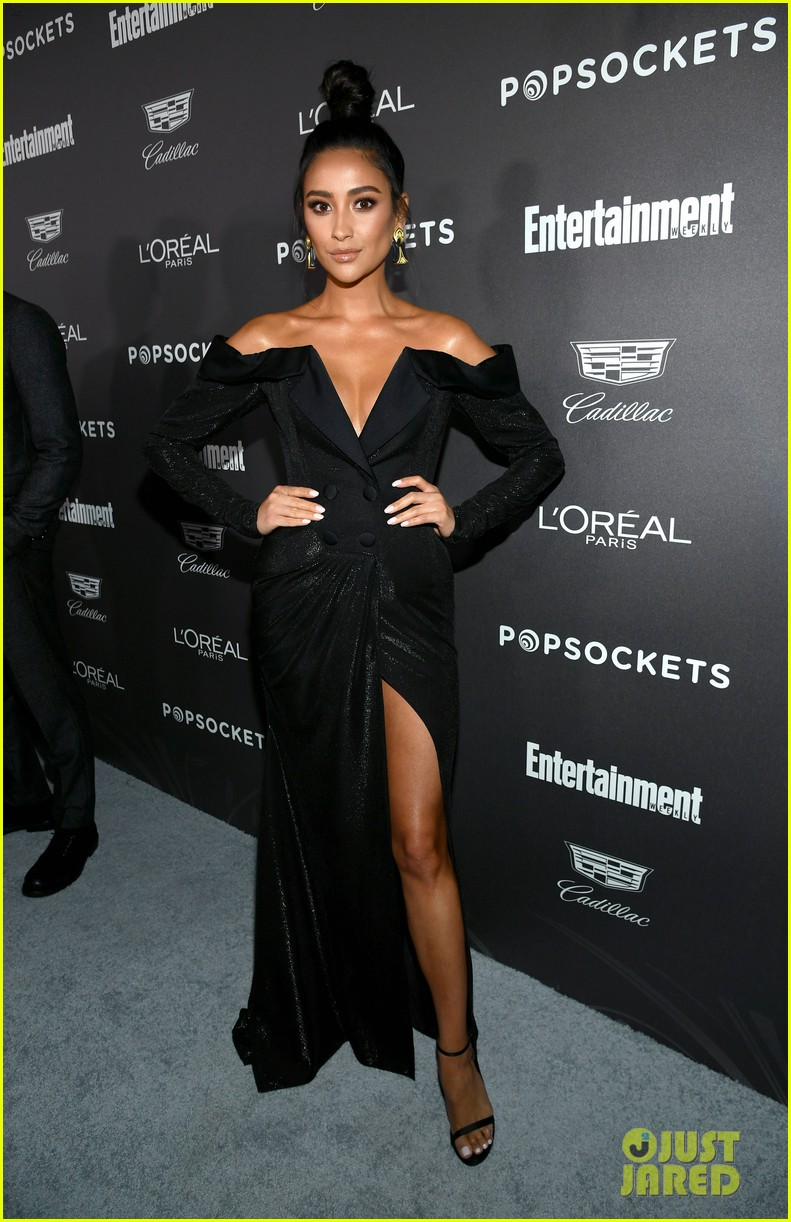 shay mitchell emily osmet ew pre sag awards party 074217602