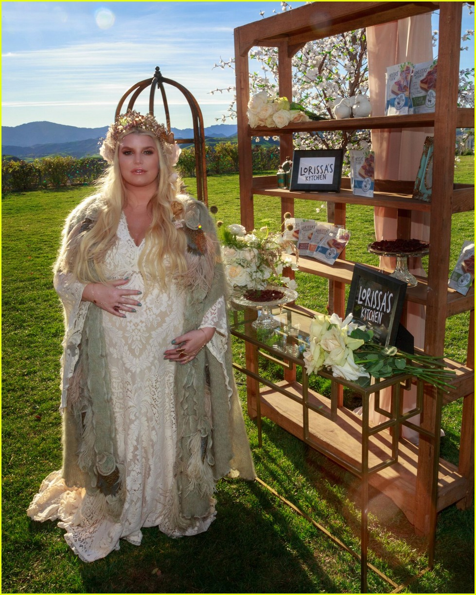 Take A Look Inside Jessica Simpsons Baby Shower For Baby 3 Photo