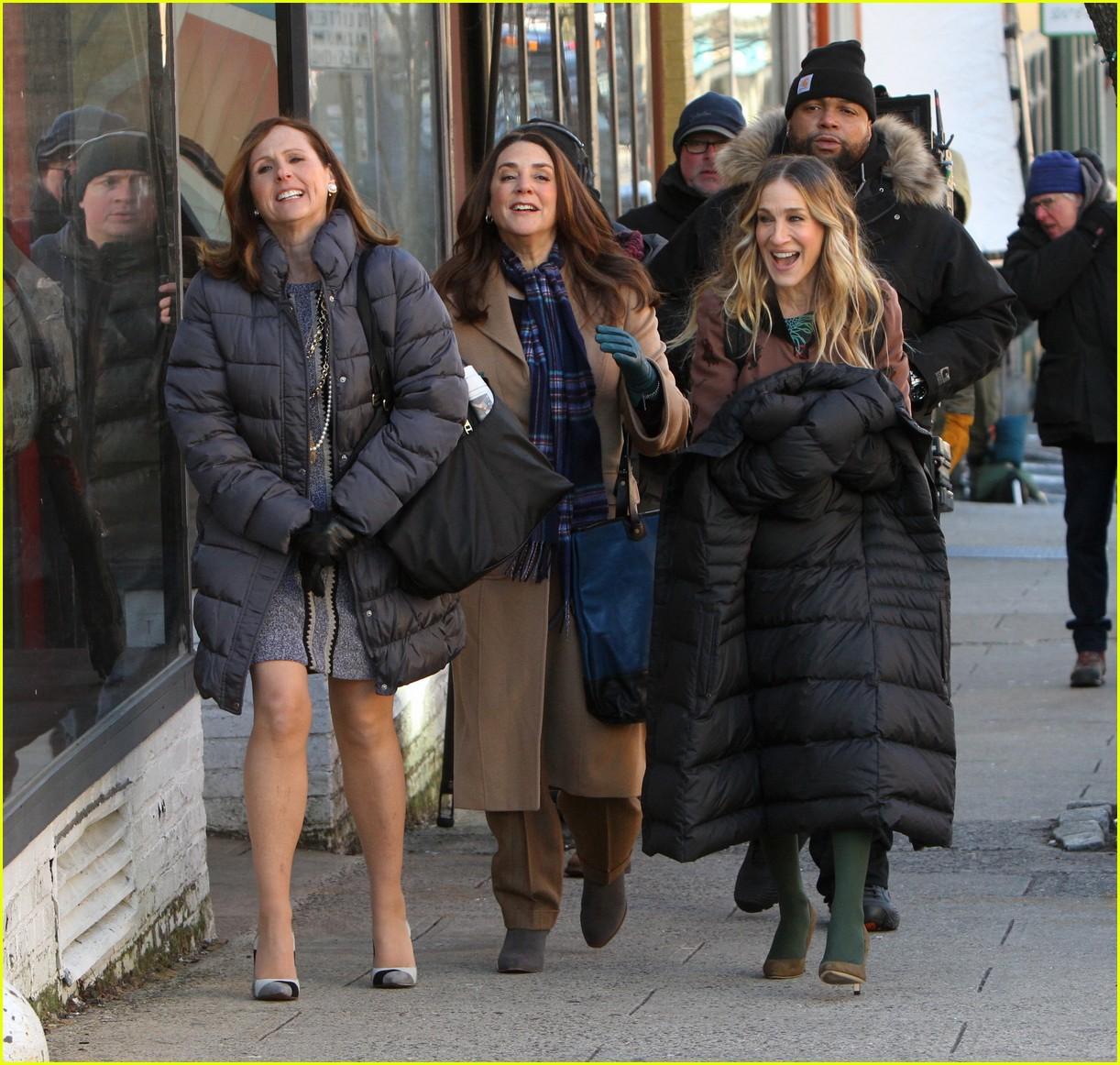 sarah jessica parker and divorce co stars start filming season 3 024212363