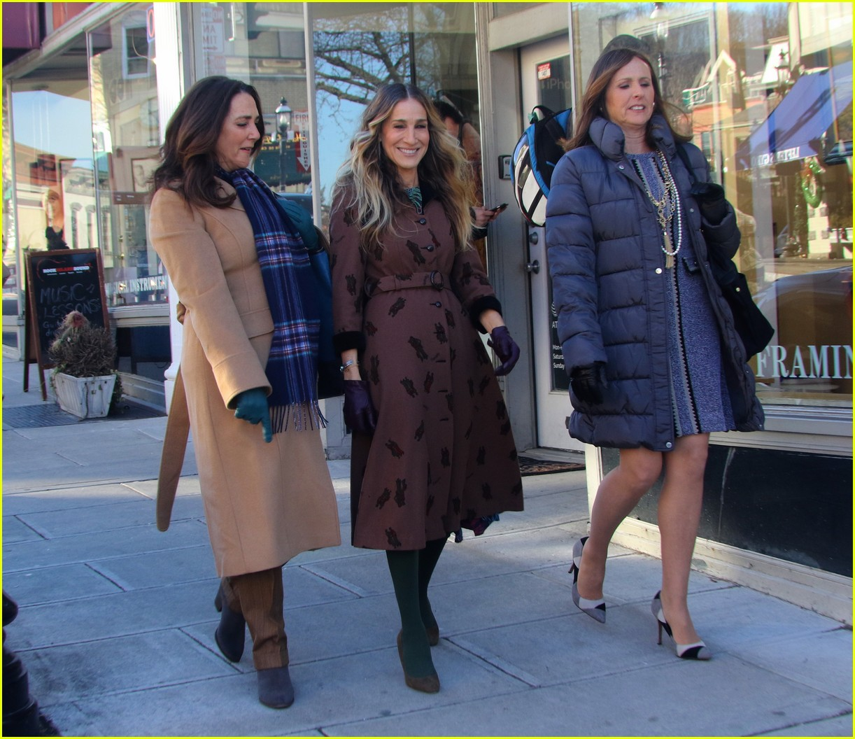 sarah jessica parker and divorce co stars start filming season 3 054212366