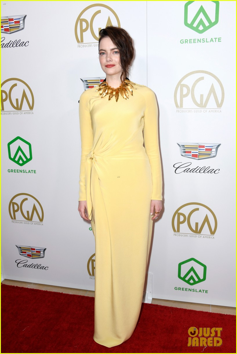 emma stone amy adams go glam for producers guild awards 02