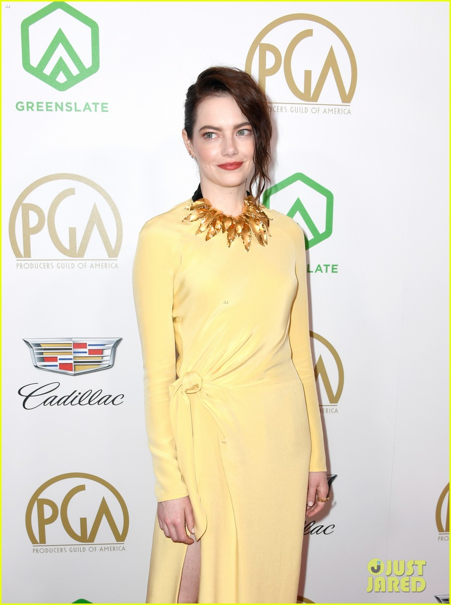 emma stone amy adams go glam for producers guild awards 04