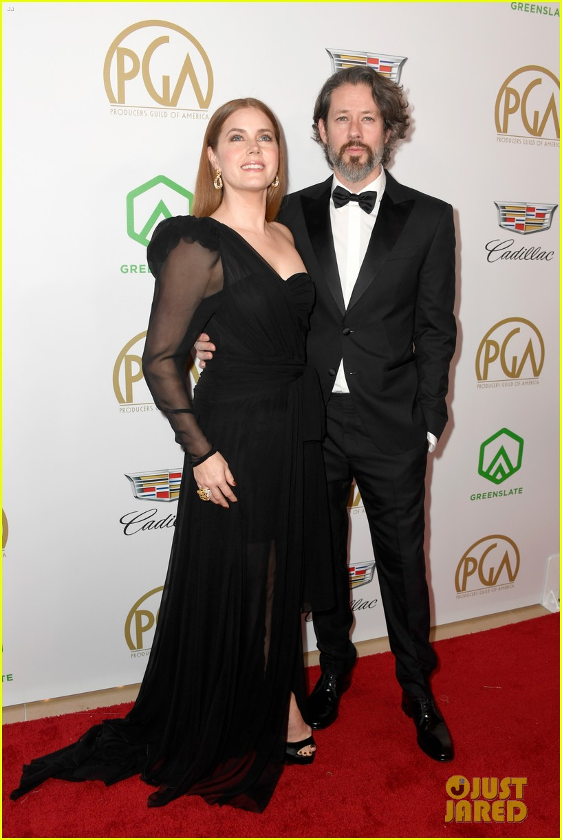 emma stone amy adams go glam for producers guild awards 10