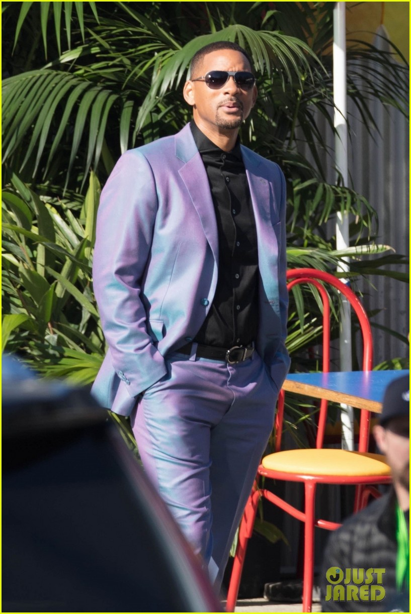 will smith is stylish in a purple suit on the set of  u0026 39 bad