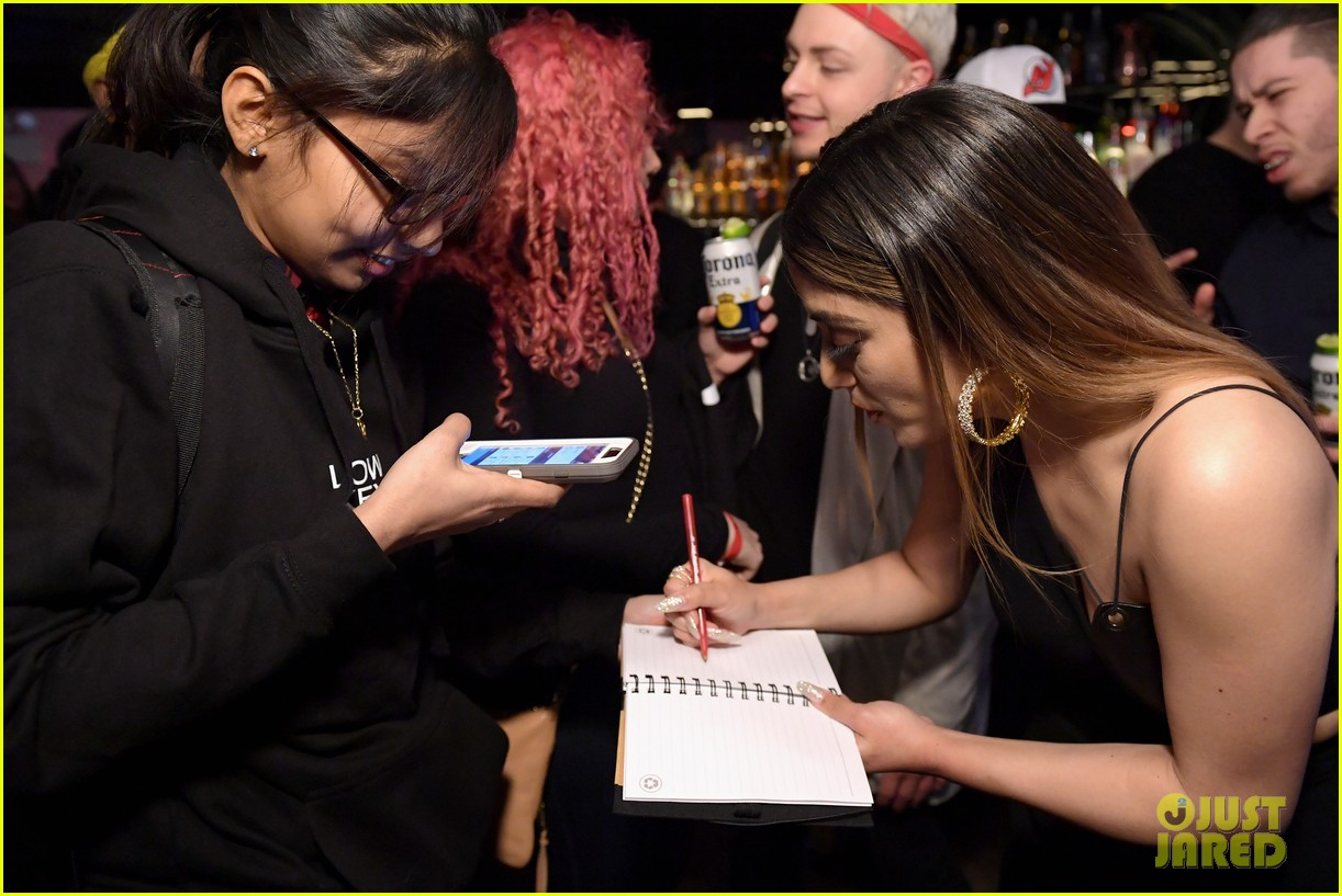 ally brooke low key hangout event 044221393
