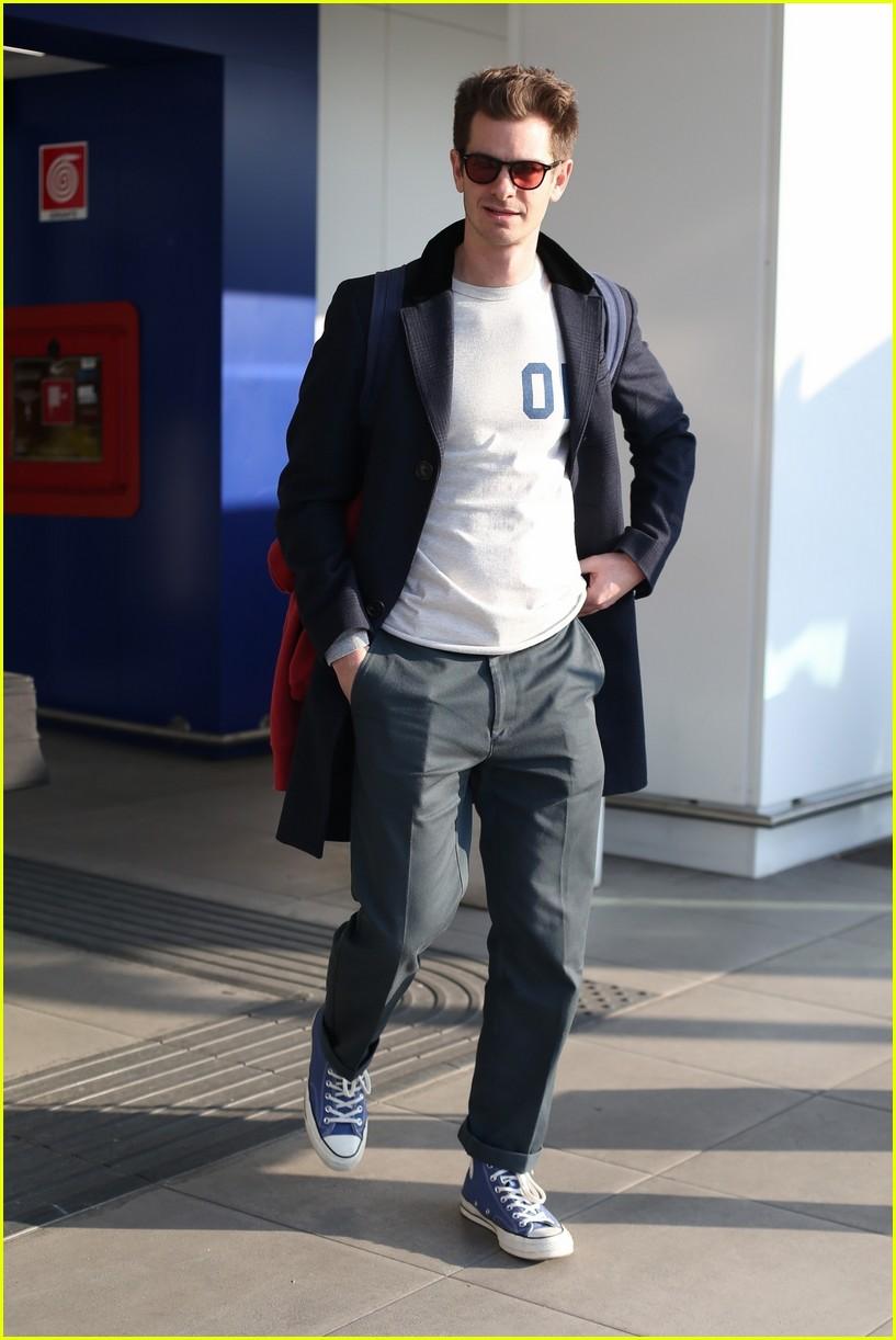 Andrew Garfield dating Aisling Bea Did He Split With Girlfriend Rita Ora