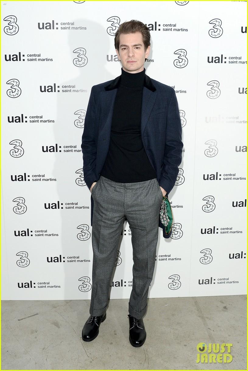 andrew garfield natalie dormer london fashion week 01