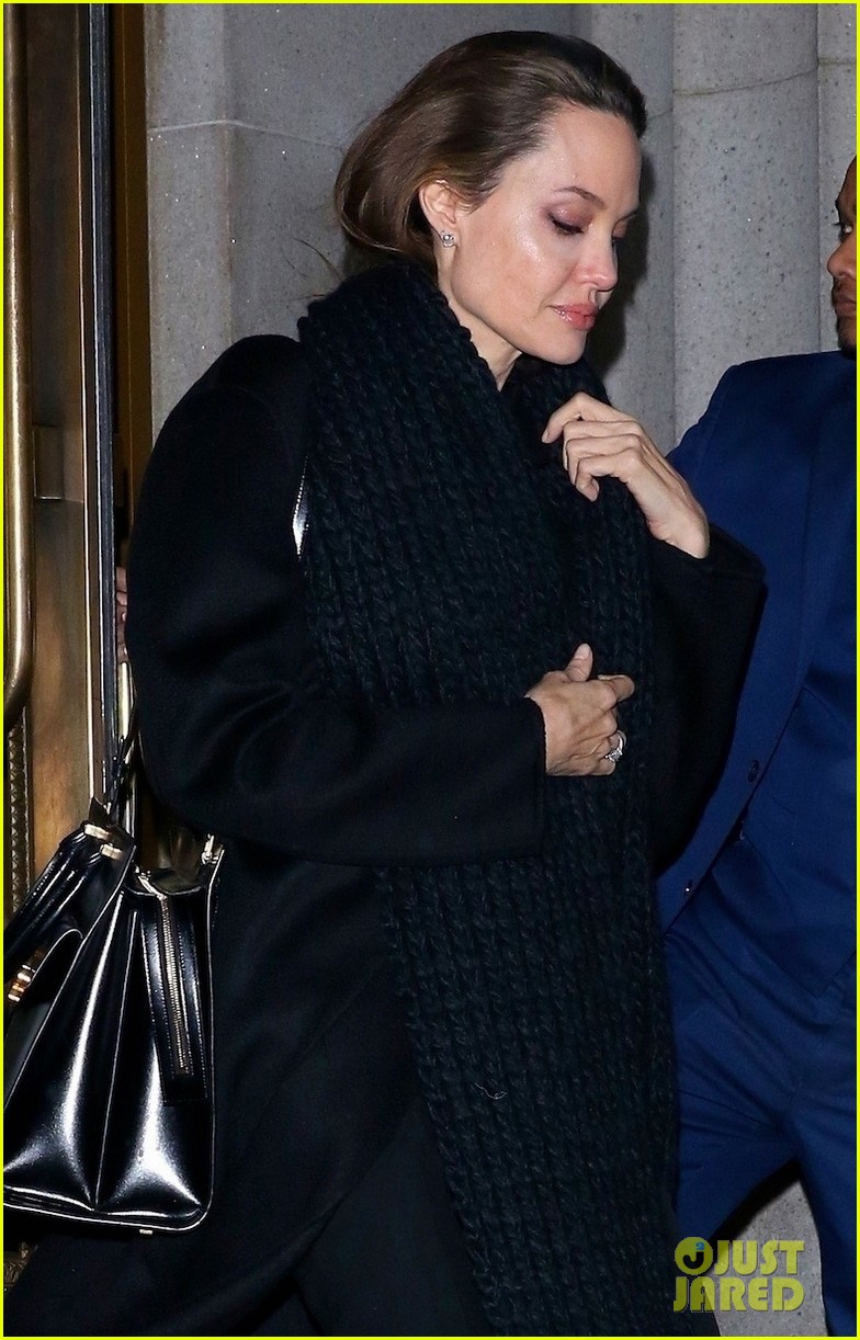 angelina jolie has family dinner in nyc 014243015