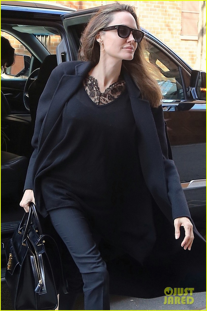 angelina jolie out about in nyc 014247982