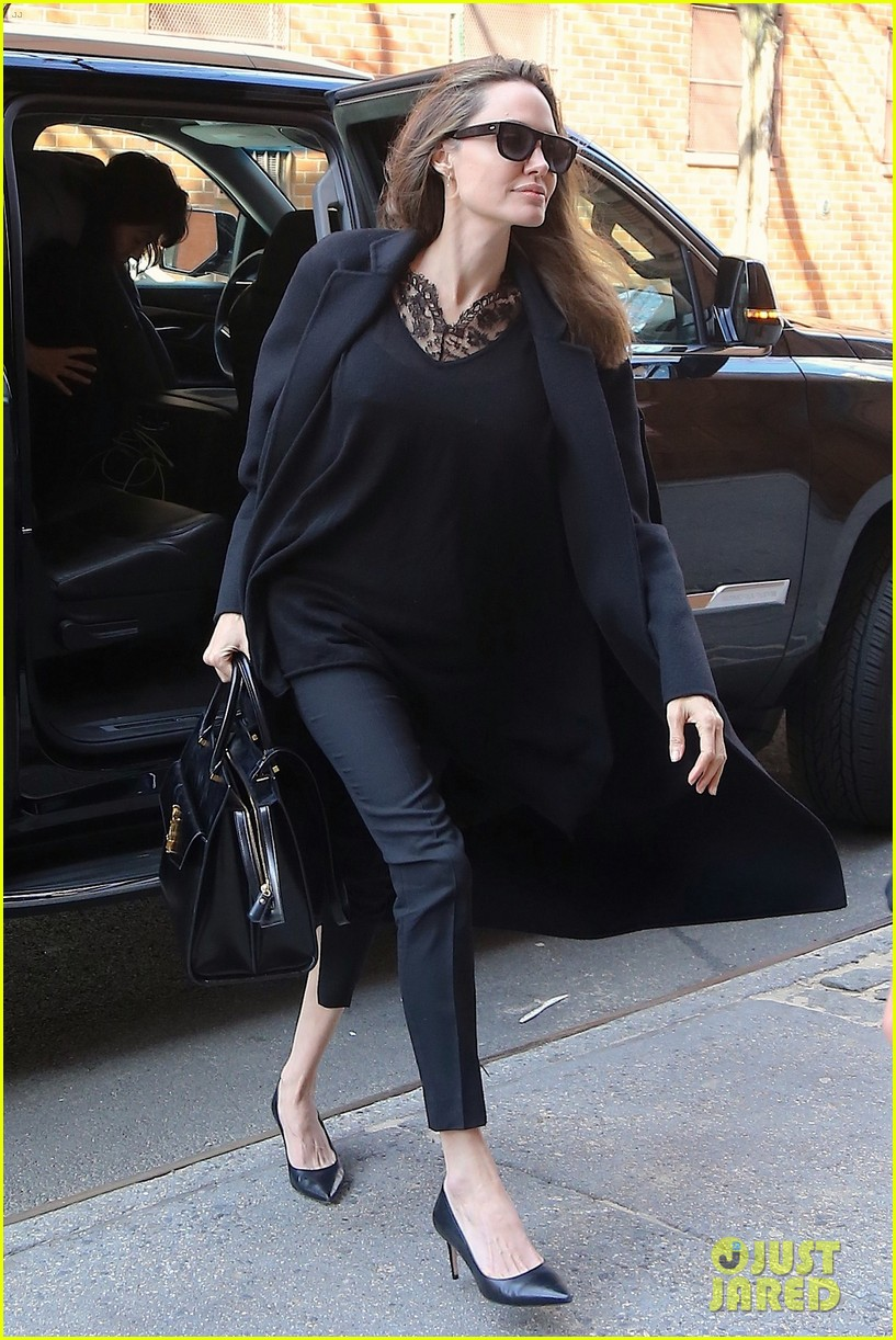 angelina jolie out about in nyc 044247985