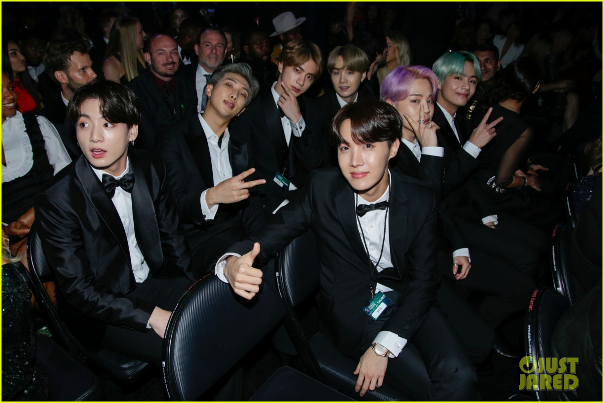 backstage at grammys 2019 214236842