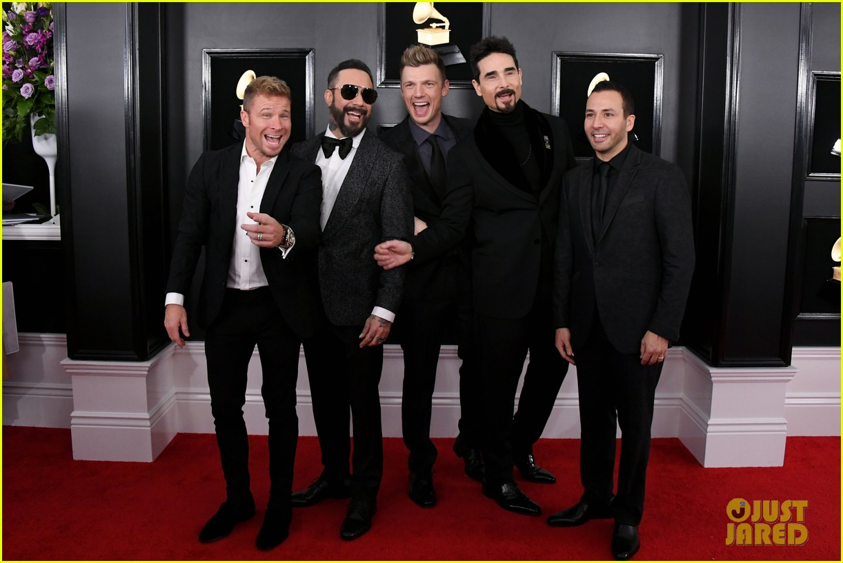 backstreet boys suit up for grammys 2019 red carpet 014236142