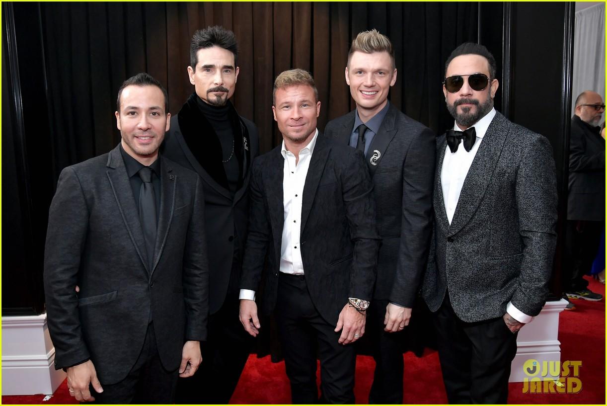 backstreet boys suit up for grammys 2019 red carpet 054236146