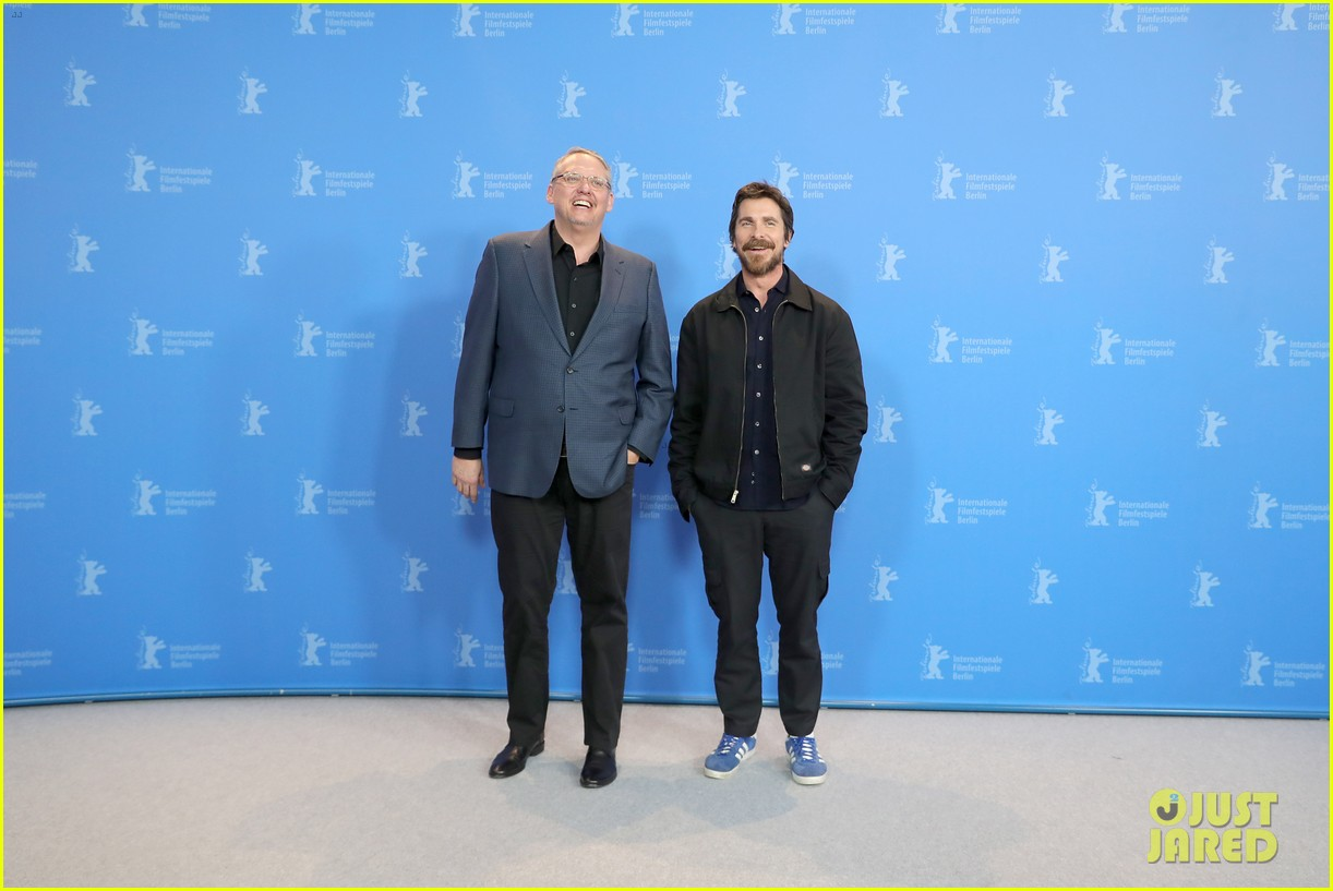 christian bale felt like a bullfrog transforming into dick cheney for vice 21