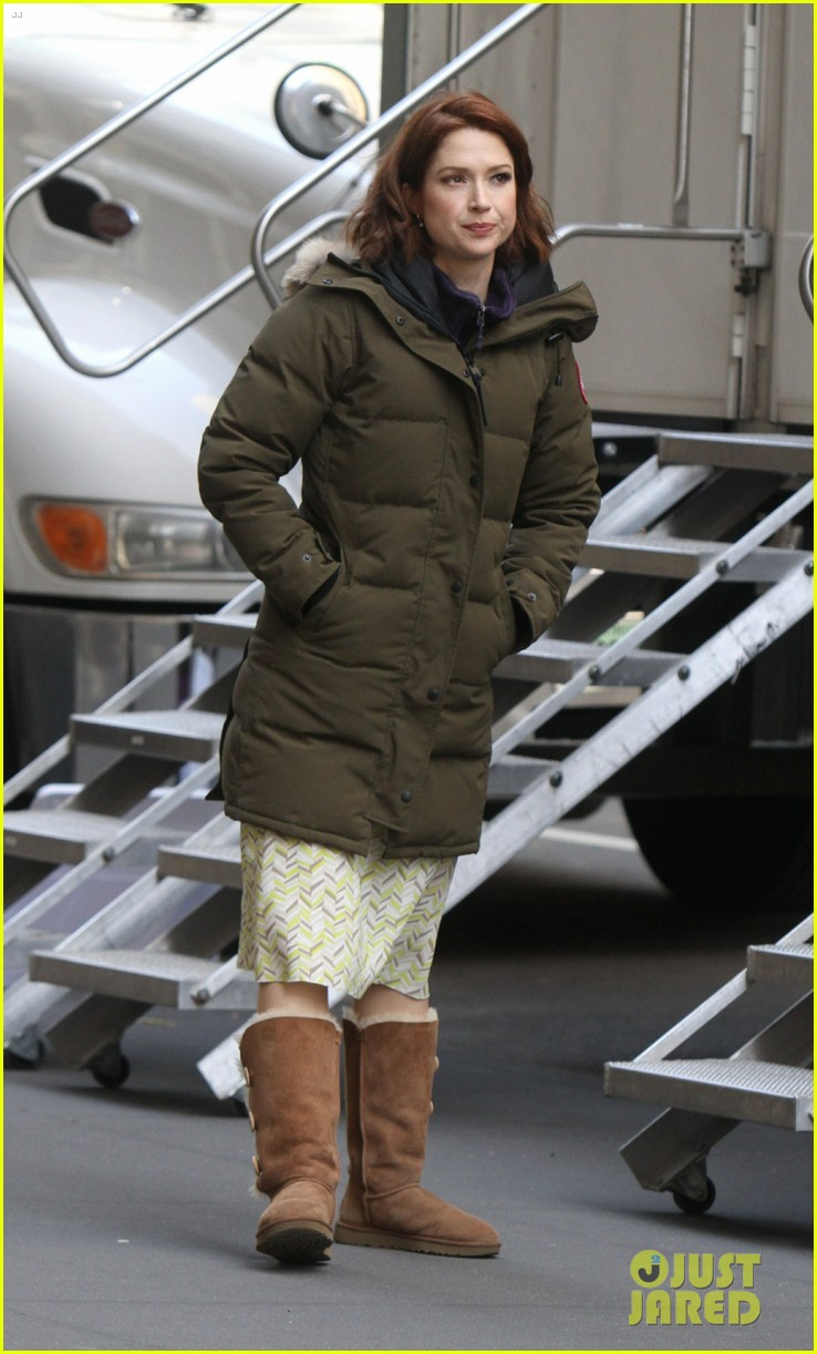 drew barrymore ellie kemper the stand in nyc 08