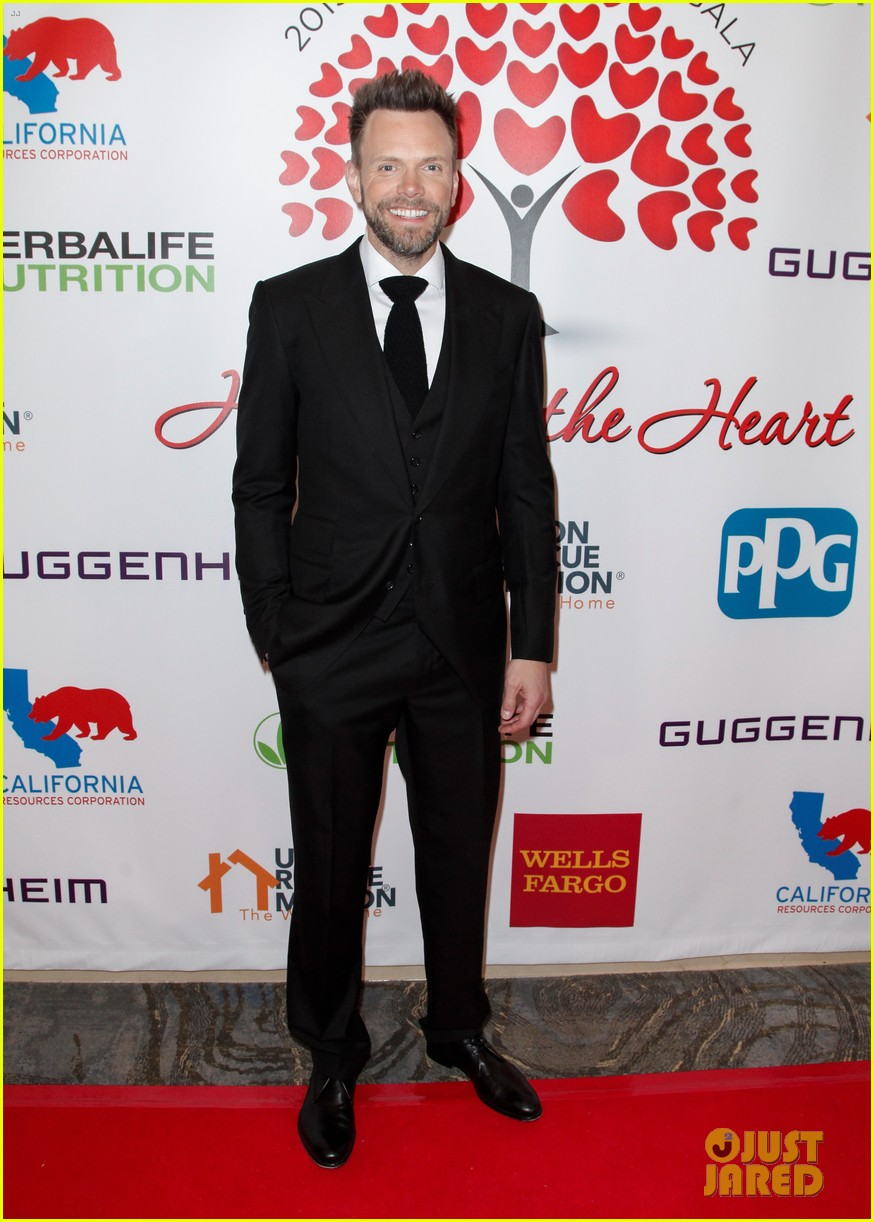 angela bassett joel mchale host the hearts of hope gala 11