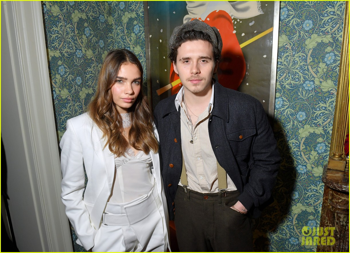victoria beckham supported by david launch youtube channel 24
