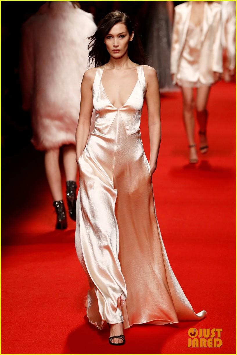 bella hadid philosophy milan fashion week 11