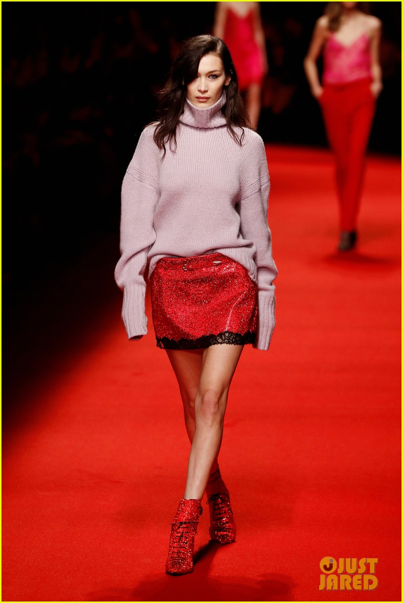 bella hadid philosophy milan fashion week 13