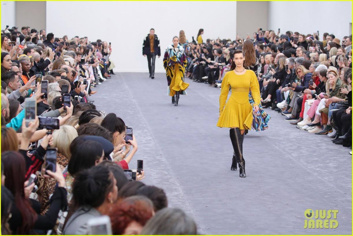 bella hadid philosophy milan fashion week 17