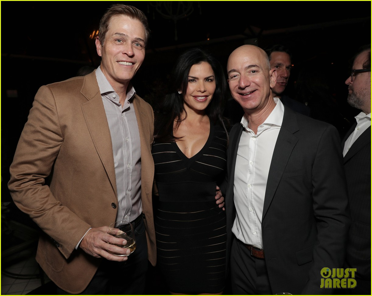 jeff bezos lauren sanchez photo 014225397