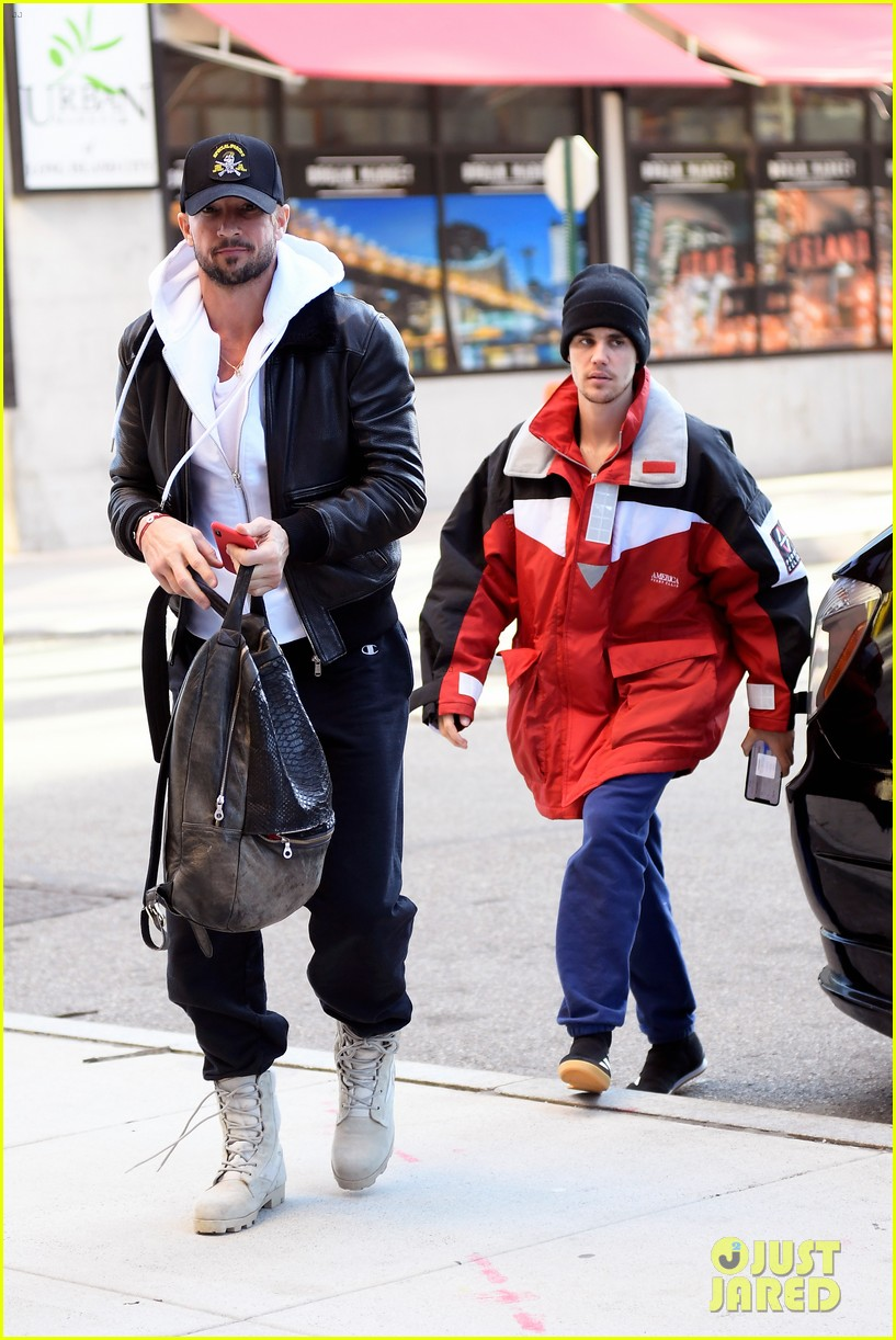 justin bieber pastor carl lentz spend the day together in nyc 03