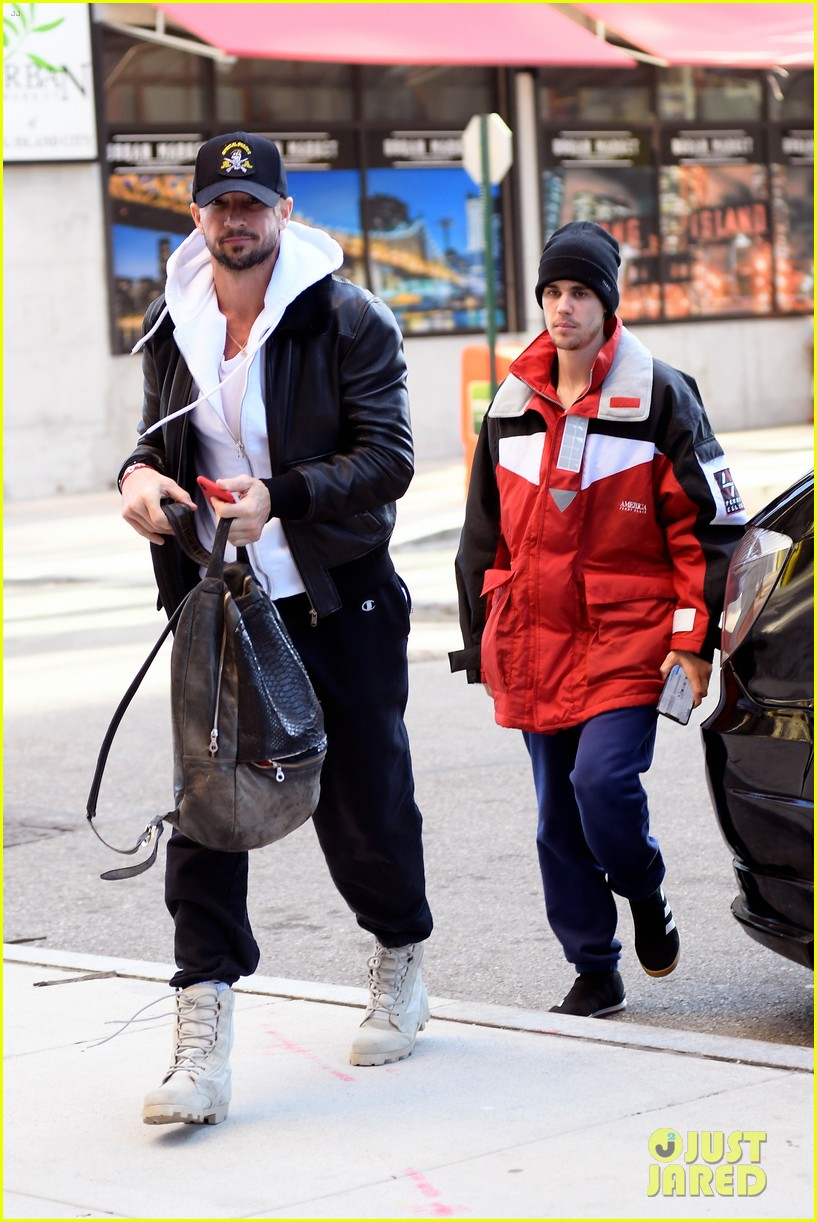 justin bieber pastor carl lentz spend the day together in nyc 08