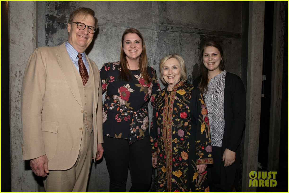 hillary bill clinton arrive to cheering fans at broadway show 02