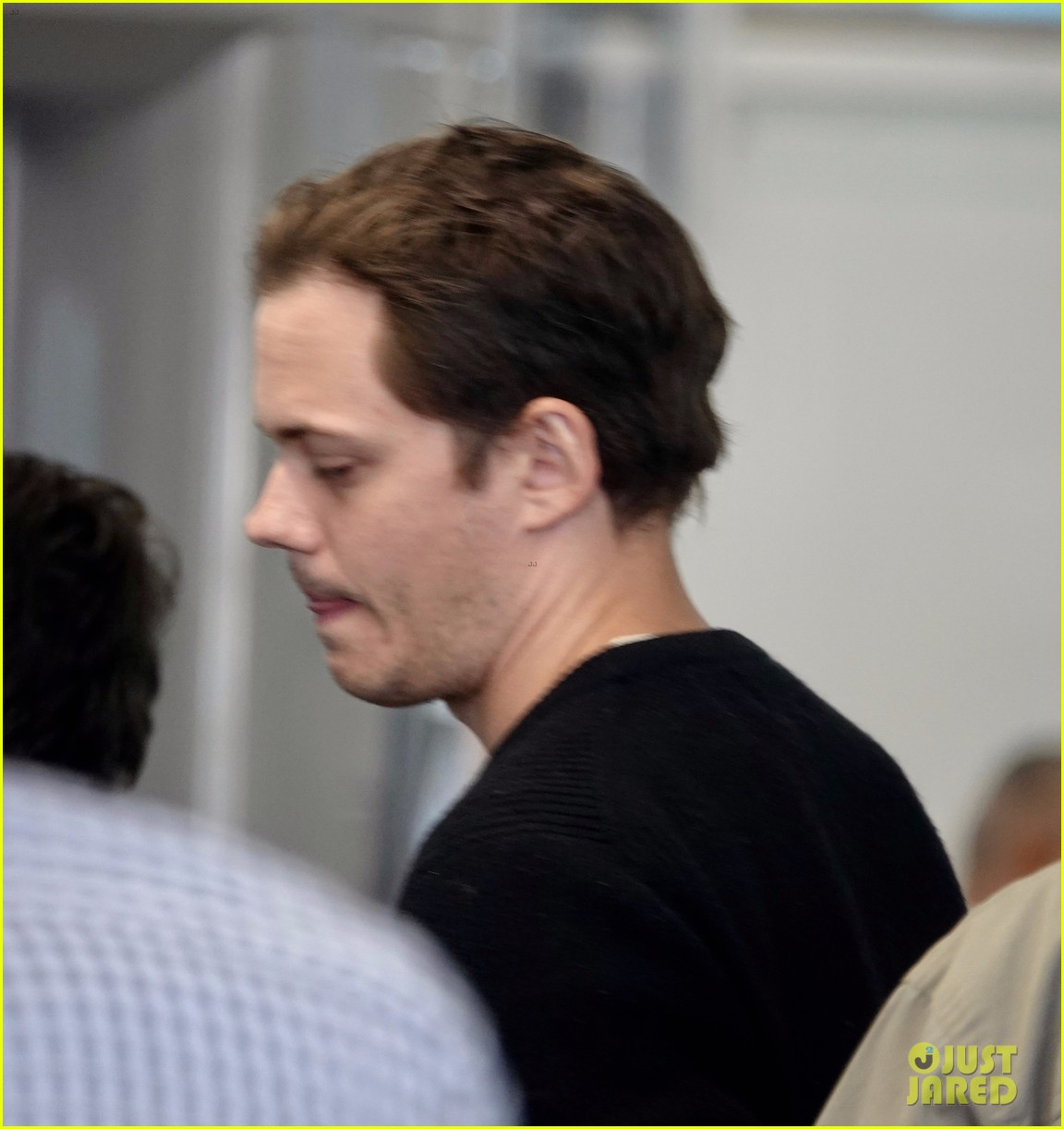 bill skarsgard at airport 214240618