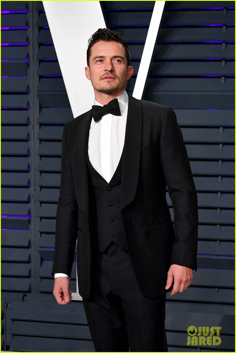 Orlando Bloom Gerard Butler Amp Vin Diesel Look Handsome At Vanity Fair S Oscars 2019 Party
