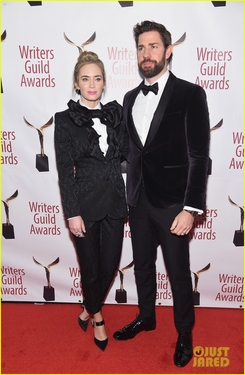 emily blunt john krasinski suit up for writers guild awards 20