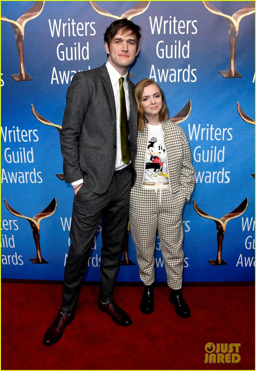 alison brie jamie lynn sigler jane lynch writers guild awards la 084240284