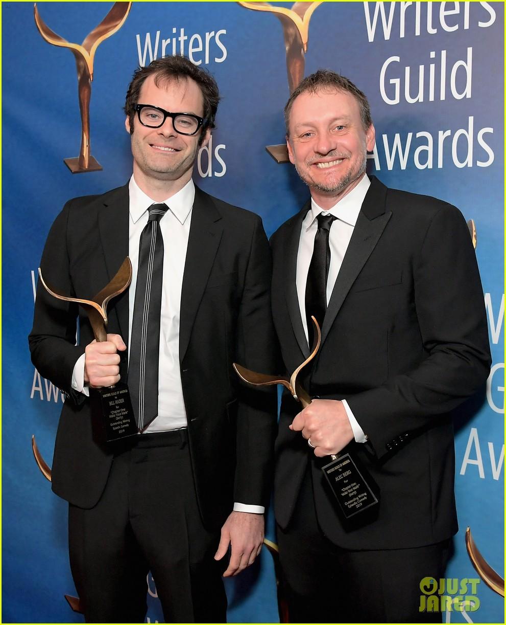 alison brie jamie lynn sigler jane lynch writers guild awards la 16