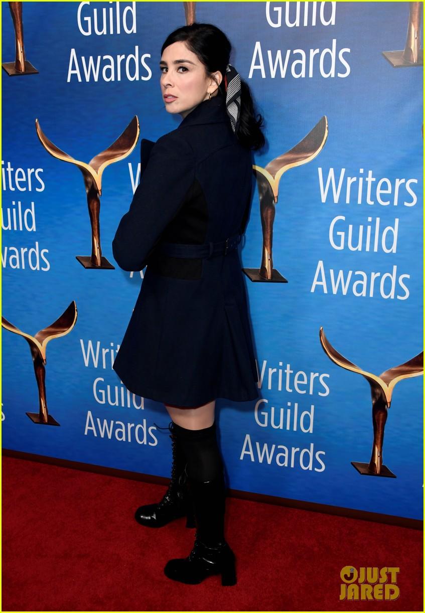 alison brie jamie lynn sigler jane lynch writers guild awards la 20