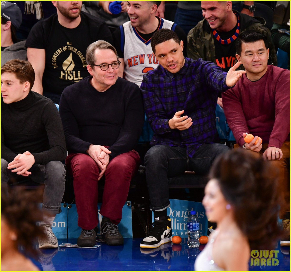 matthew broderick sits courtside at knicks game with son james wilkie 04