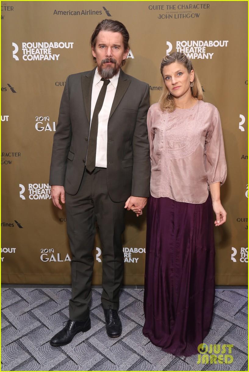 rachel brosnahan jason ralph couple up at roundabout gala honoring john lithgow 014248221