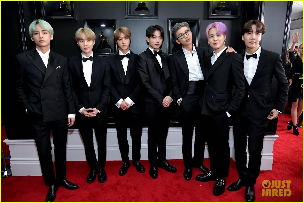 Grammy 2019 Bts: K-Pop Group BTS Looks Handsome On The Red Carpet At