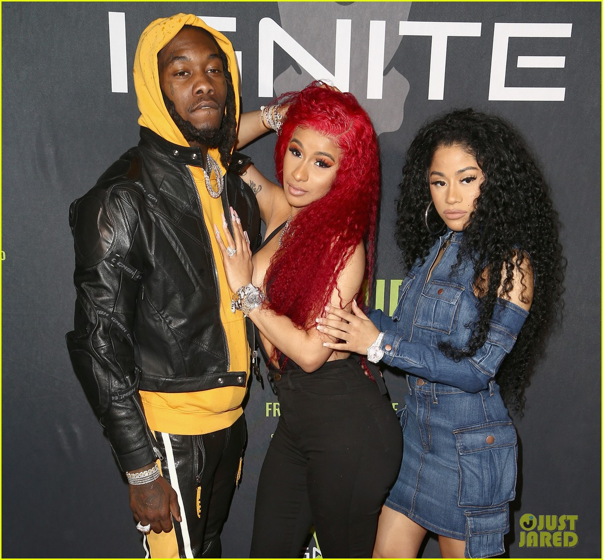 cardi b rocks offset engagement ring for the first time in months 06