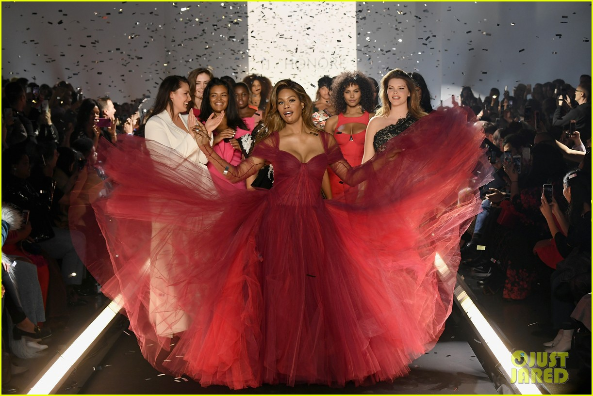 laverne cox wows the runway closing 11 honore nyfw show 034224864
