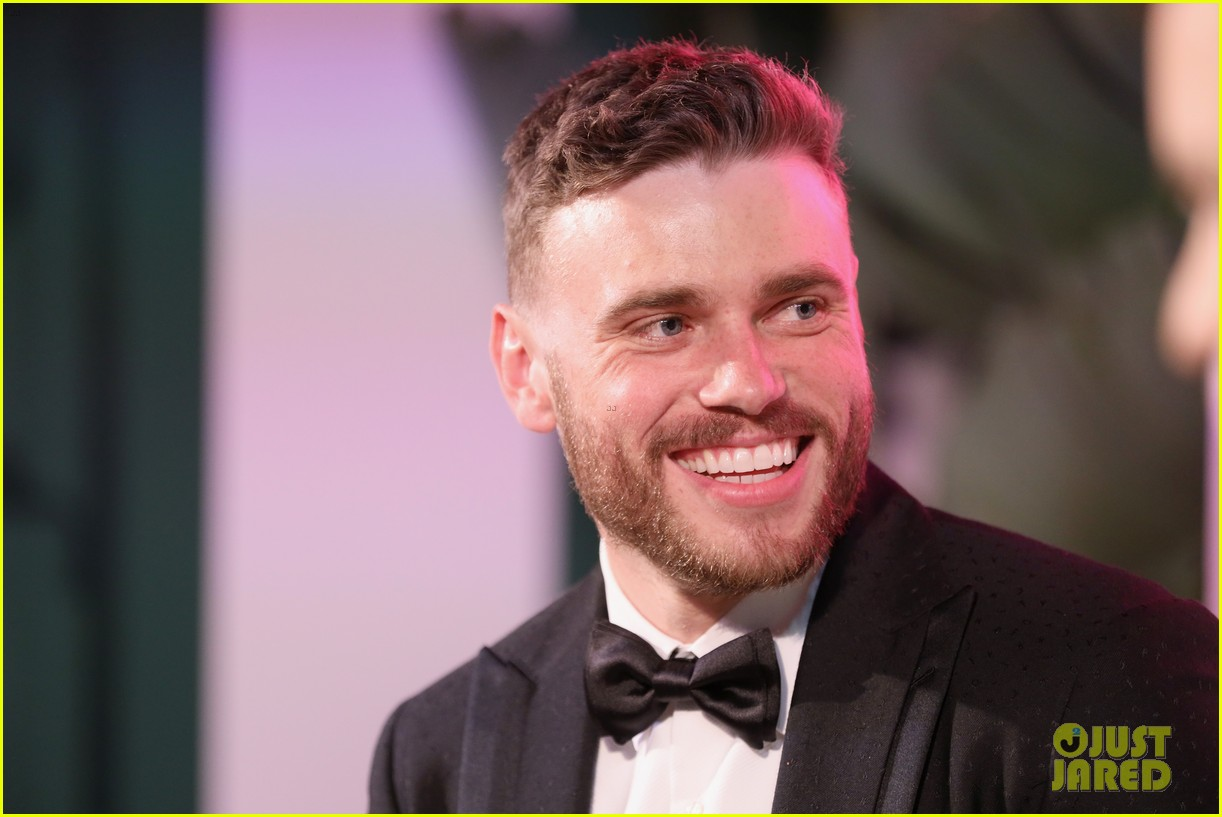 chace crawford colton haynes gus kenworthy oscars party 164247162