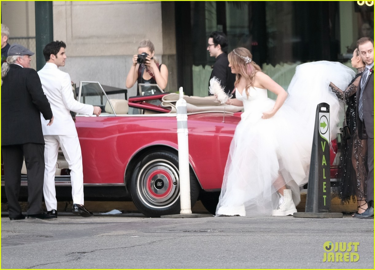 darren criss mia swier are married see their wedding photos 104240239
