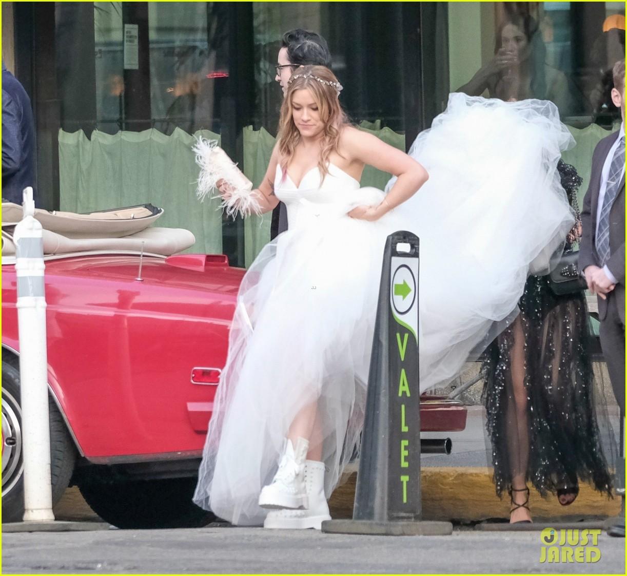 darren criss mia swier are married see their wedding photos 134240242