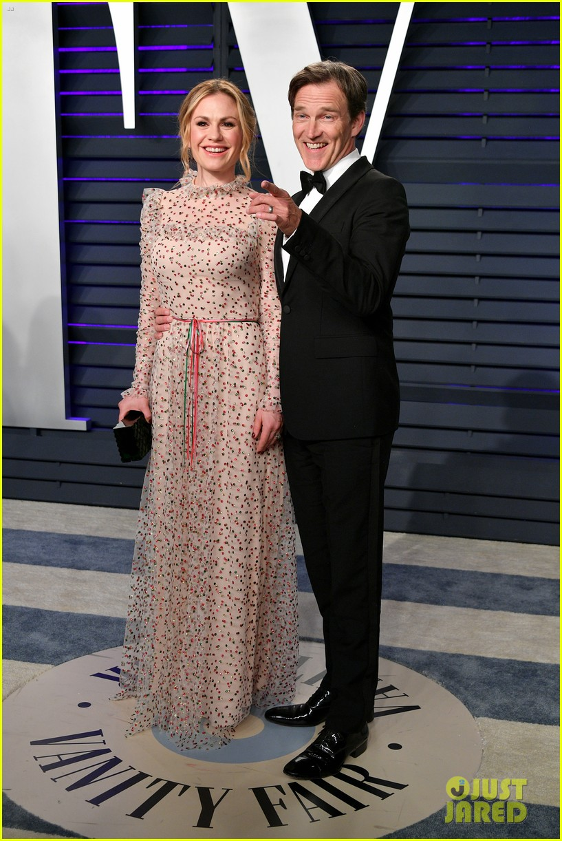 josh dallas and ginnifer goodwin couple up at vanity fairs oscars 2019 party 02