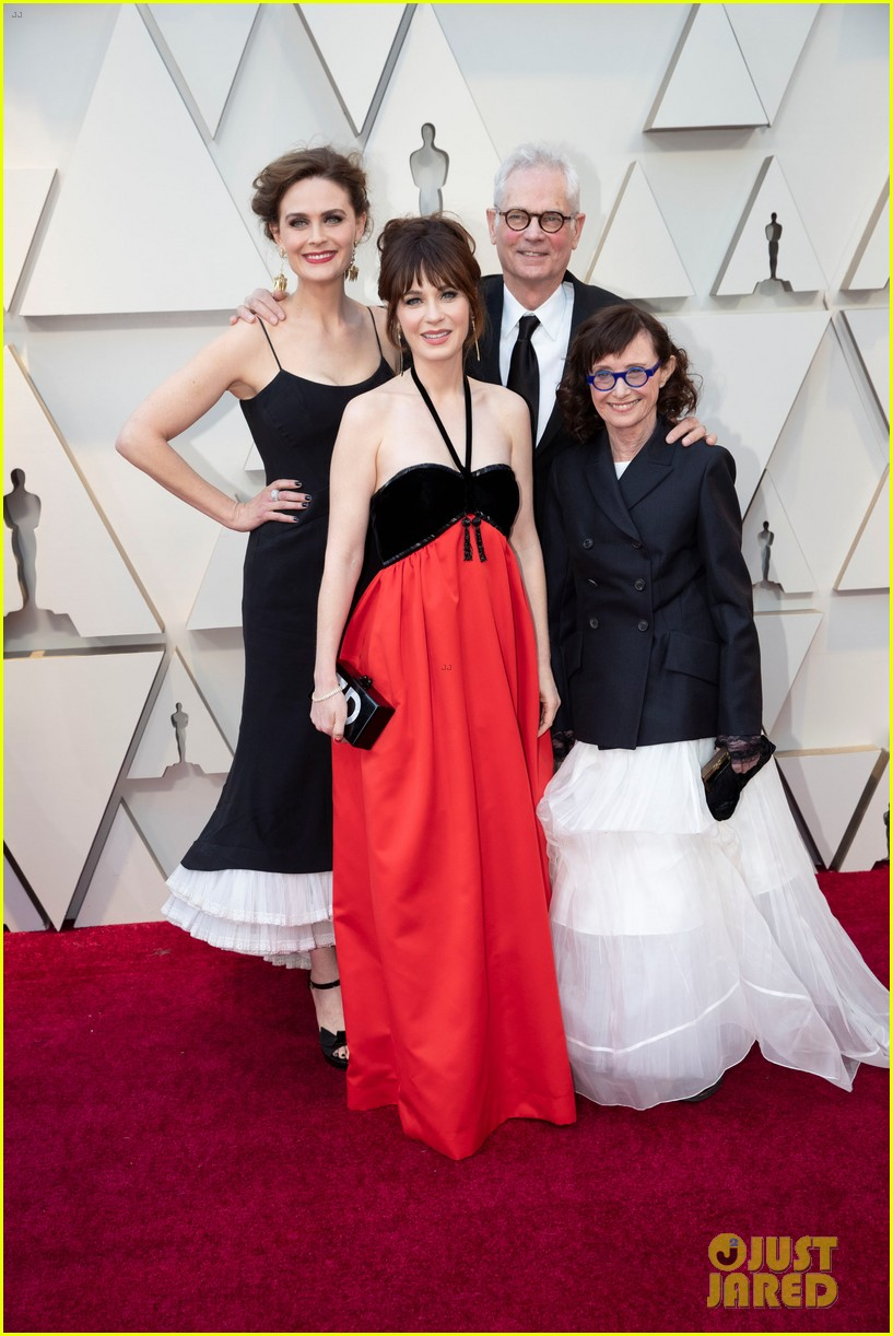 zooey and emily deschanel 2019 academy awards