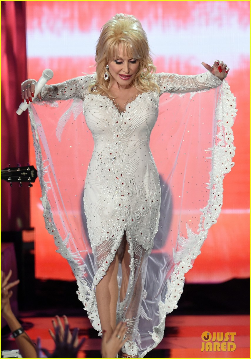 how many grammys does dolly parton have