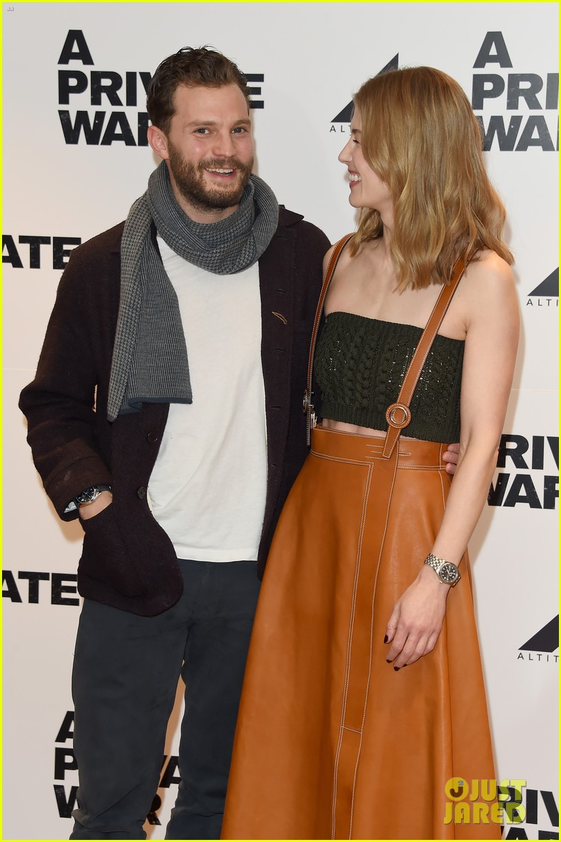 jamie dornan rosamund pike private war q a 034223205